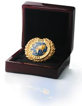 орден *Золотая сеть России* получил Холдинг Gloryon за выдающиеся достижения перед Отечеством, за пропаганду здорового образа жизни, за развитие уникальной модели бизнеса